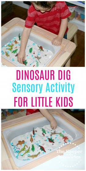 Cheap and easy dinosaur pretend play sensory activity for preschoolers... Check it out! #sensory #preschool #dinosaurs