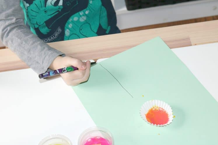 child drawing stem for paper nectar craft