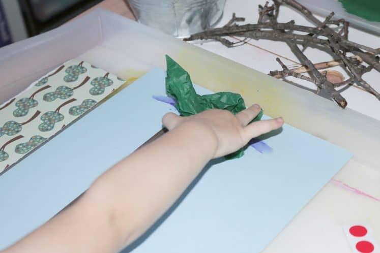 preschooler making summer process art