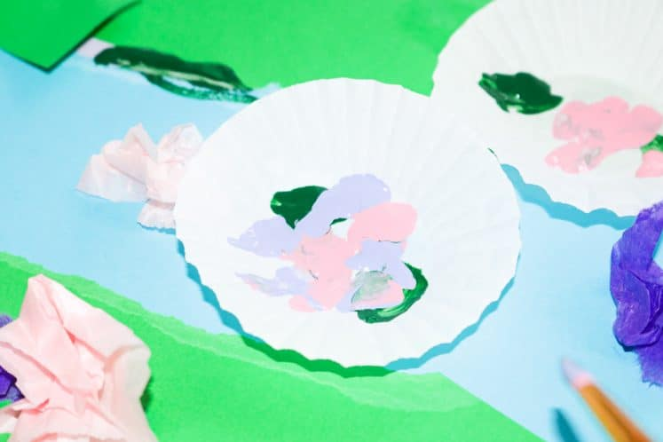 child's pond art with cupcake liner lily pads
